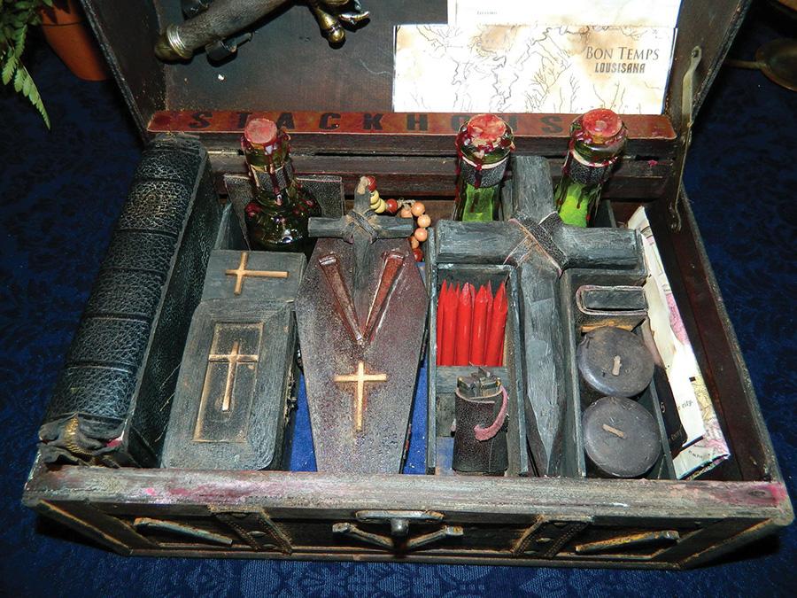 vampire-killing-kit-true-blood92